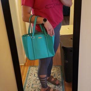 kate spade Bags - beautiful kate spade bag!!